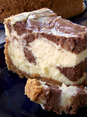 Black and White Chocolate Cheesecake Supreme