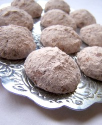Chocolate-Filled Mexican Wedding Cookies