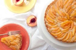 Dulce de Leche Peach Tart