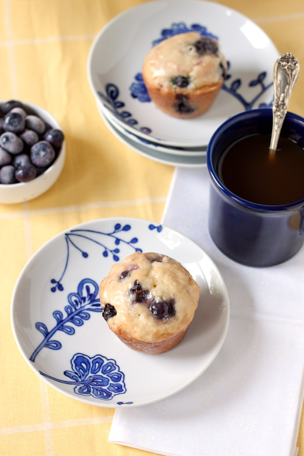 » Lemon-glazed Blueberry Donut Muffins
